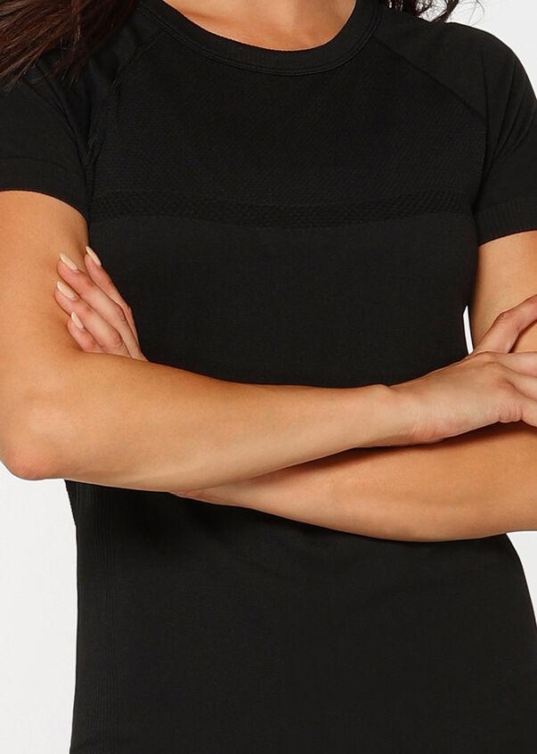 Perform Seamless Short Sleeve Top, Black, hi-res