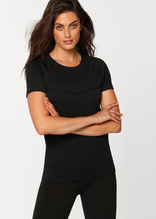 Perform Seamless Short Sleeve Top